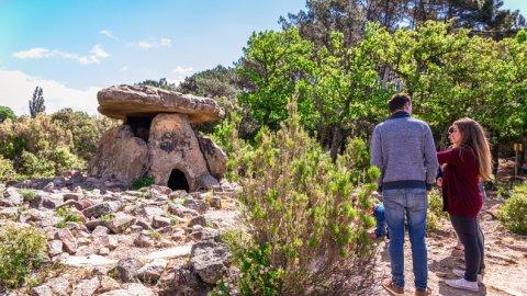 Prieuré dolmen